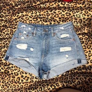 H&M new ripped shorts